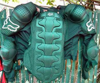 cambodia_dirt_bike_armour_jacket