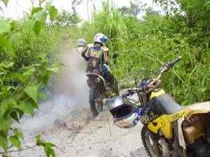 dirt_biking_cambodia