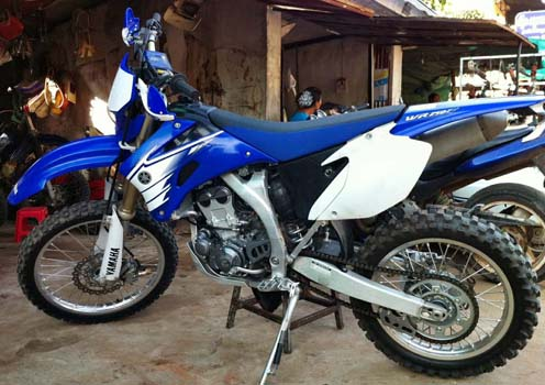 cambodia_dirt_bike_WR250cc