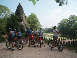 angkor_cycling