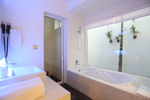 Angkor_Boutique_Villa_Bathtub