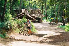 cambodia_bike_lover_Aki