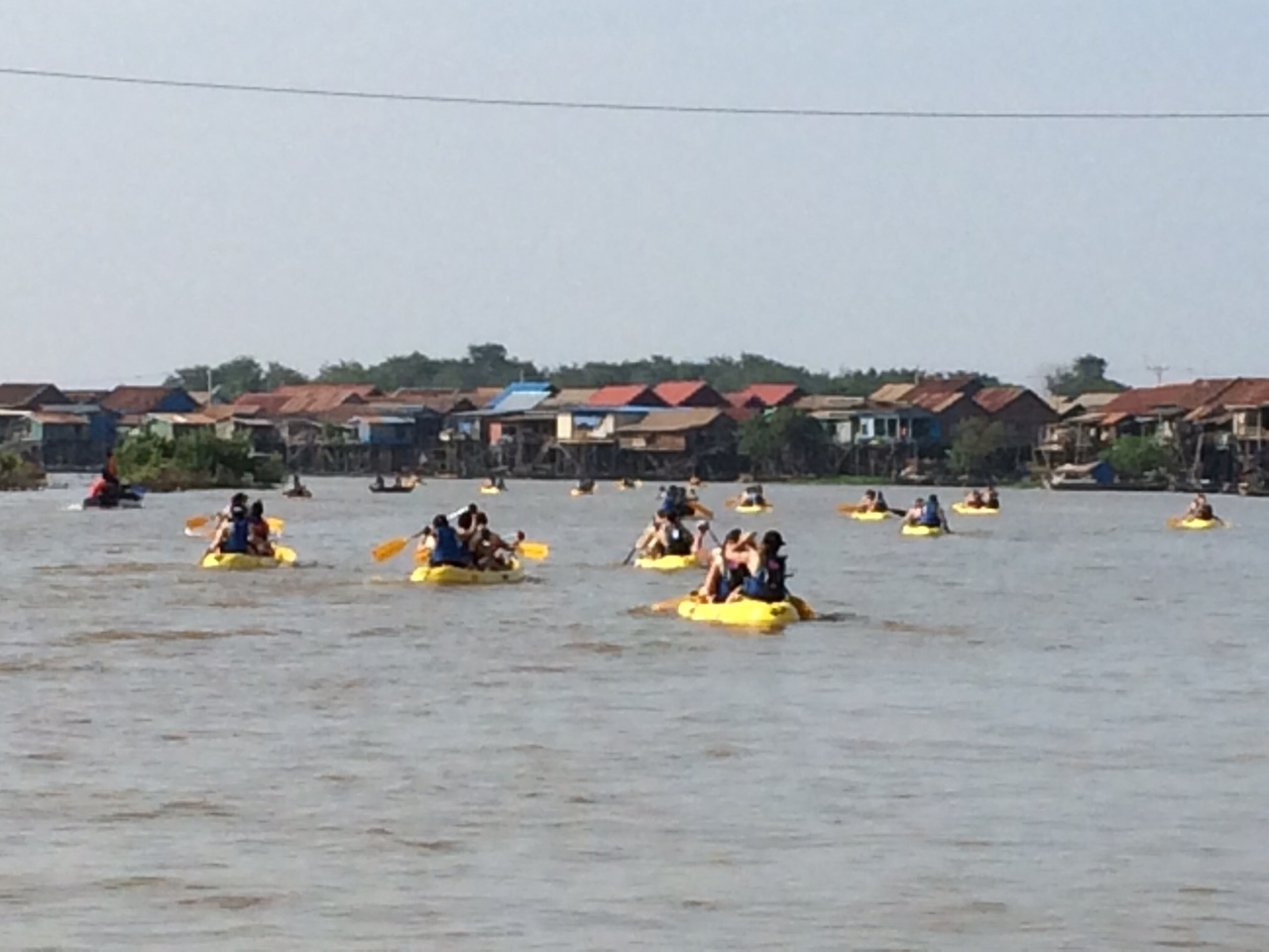 Tonle_Sap_Kayaking
